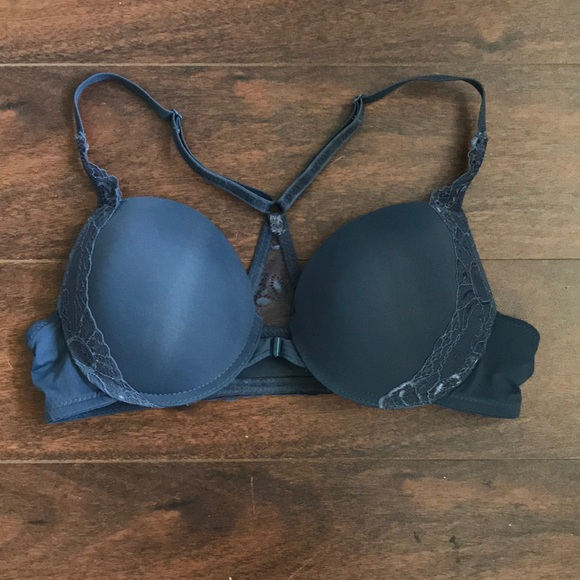 4b118475785 Izod Other - Izod Blue Push up Bra. Front clasp 36C